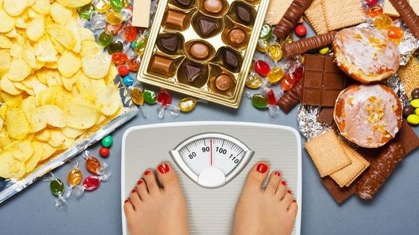 Sucre ou gras : lequel des deux fait le plus grossir ?
